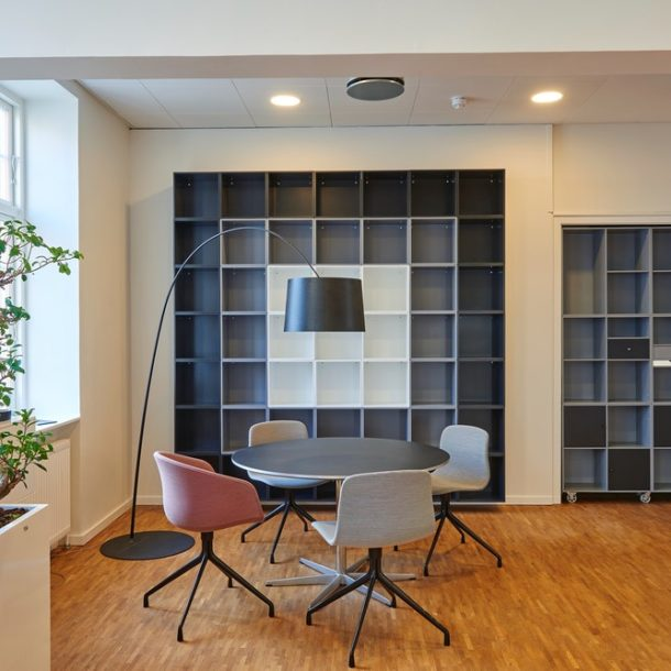Office Layout Tricks for an Impressive Reception Area