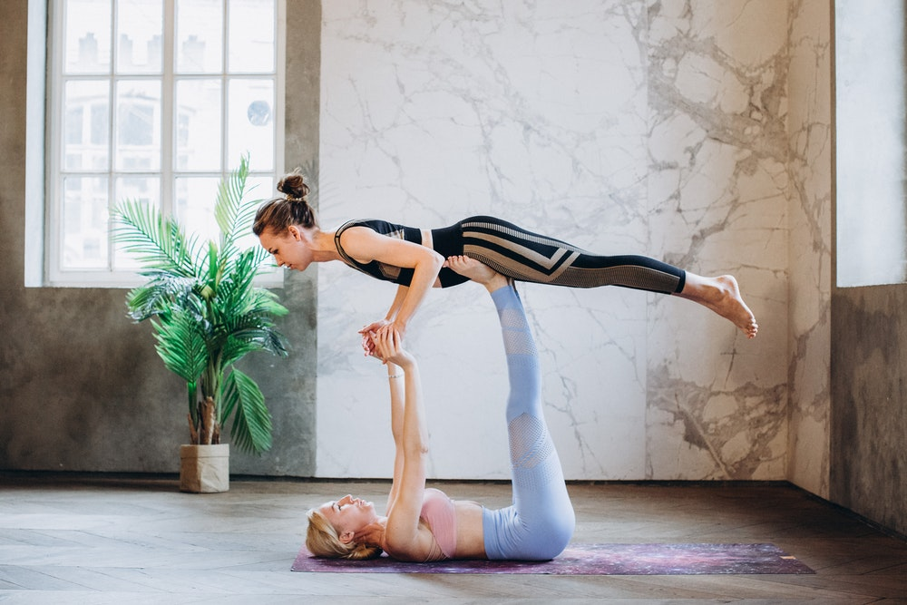 The Benefits of a Yoga Strap When Practicing Yoga