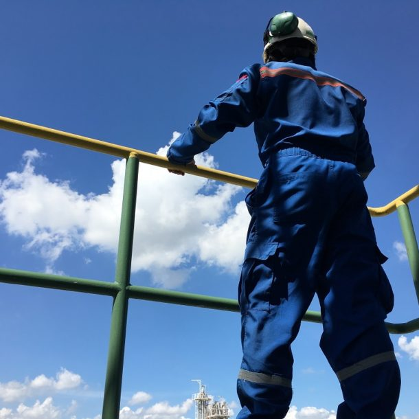 Construction Safety: Importance of Roof Safety Handrails