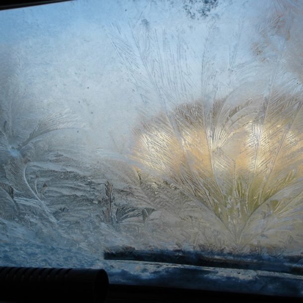 No 'ice'ing on my car please! De-ice your vehicle glass like a pro