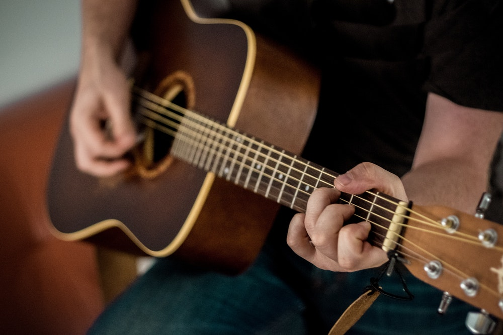 How to Record an Acoustic Guitar Like the Big Studios