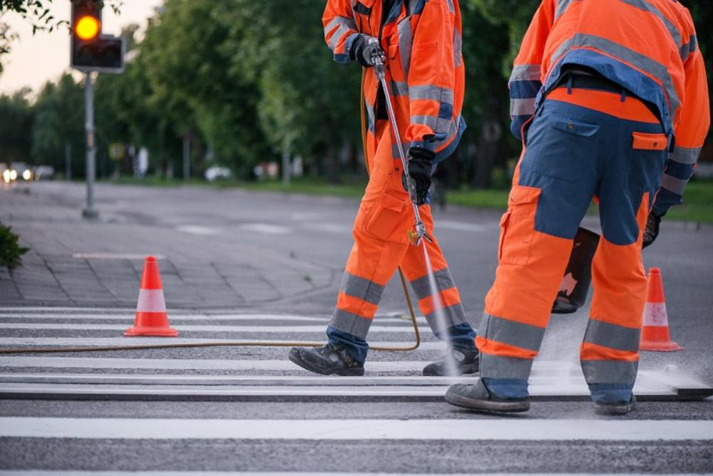 Essential Guide to Track the Right Line Marking Contractor for Your Property