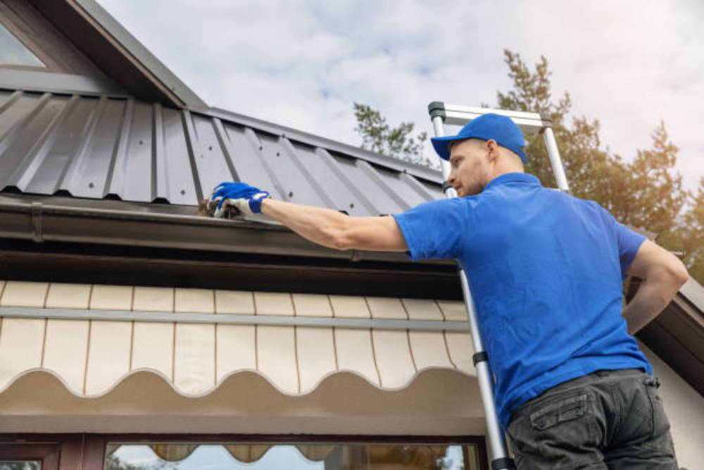 How to Choose the Best Company to Install a New Guttering System