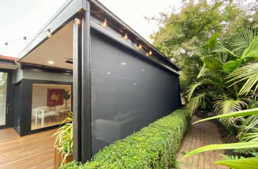5 Reasons Why You Should Invest In Outdoor Blinds