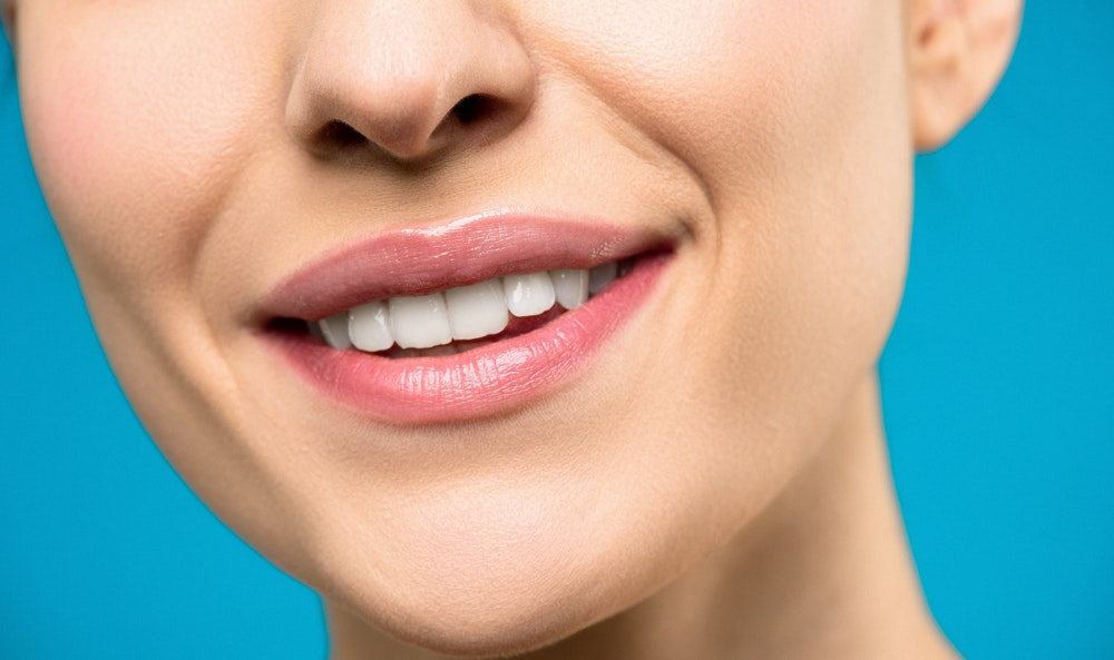 Yellow or Stained Teeth? 4 Ways to Whiten Your Teeth